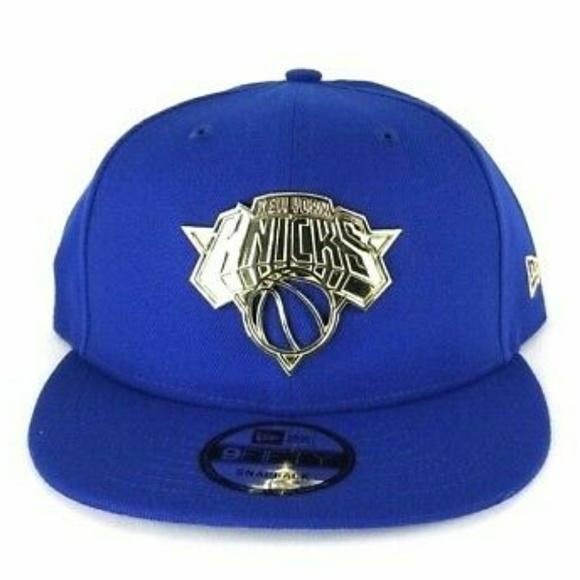 New Era Royal Blue New York Knicks Gold Metal Badge Logo 9Fifty Snapback Hat